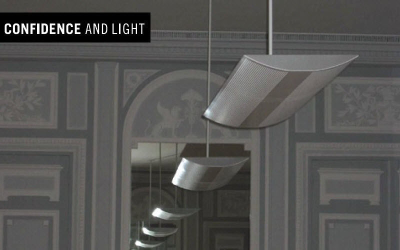 Confidence and Light Suspension de bureau Lustres & Suspensions Luminaires Intérieur  |