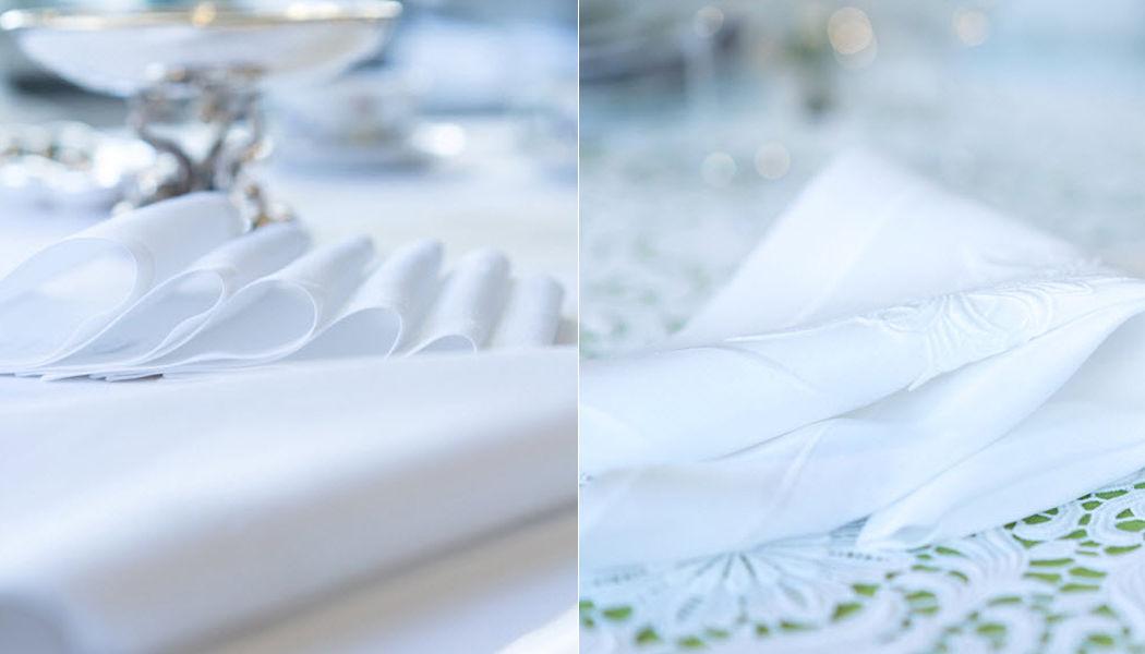 ZUR SCHWÄBISCHEN JUNGFRAU ZSJ Serviette de table Serviettes Linge de Table  |