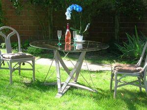 Douelledereve Table de jardin ronde