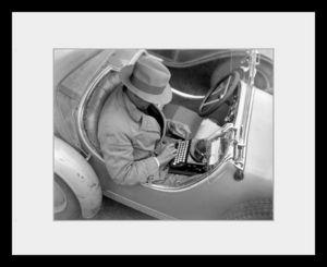 PHOTOBAY - the archaic laptop - Photographie