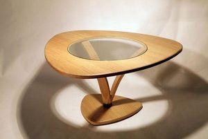 MEUBLES EN MERRAIN - table basse - Table Basse Triangulaire