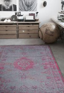 Louis De Poortere - pink flash 8261 - Tapis Contemporain