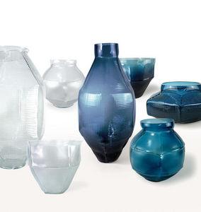 Vanessa Mitrani -  - Vase Décoratif