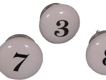 Antic Line Creations - poignées boutons numéros 1 à 9 - Bouton De Meuble Et De Placard