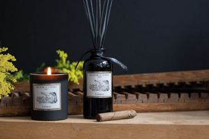 UN SOIR A L'OPERA - carmen-- - Bougie Parfumée