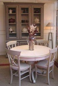 Coup De Soleil - saint-remy pied central et chaises carla - Table De Repas Ronde