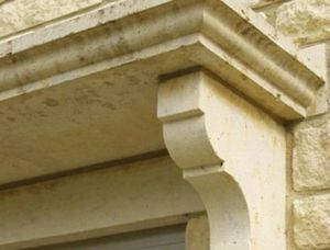 The Downs Stone -  - Corbeau De Façade