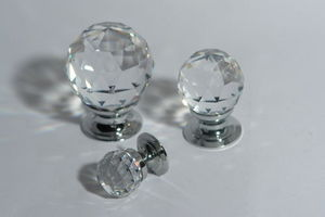 L'Univers de La Poignee - bouton cristal. a partir de 17 euros/pce - Bouton De Meuble Et De Placard