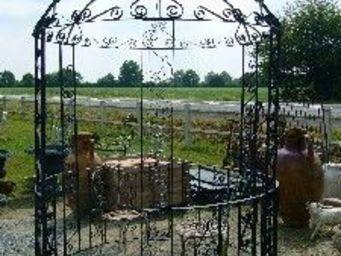 antiquites materiaux anciens deco de jardins -  - Kiosque