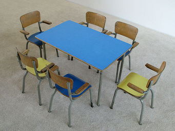 FURNITURE-LOVE.COM - school table and 6 chairs for children tubax - Bureau Enfant