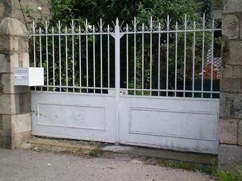 Dealers France -  - Portail À Vantaux