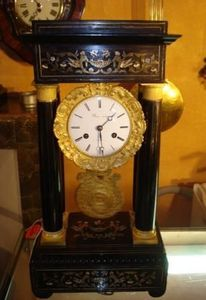 Jacque's Antiques -  - Horloge À Poser