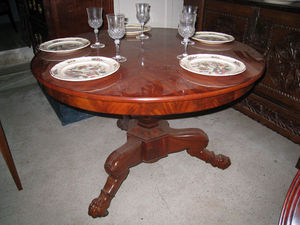 DE PEYRECAVE - table guéridon - Table De Repas Ronde