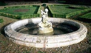 Esprit Antique -  - Fontaine Centrale D'extérieur