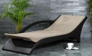 Cheshire Spas & Pools -  - Chaise Longue De Jardin
