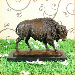 ROYAL DECORATIONS -  - Sculpture Animalière