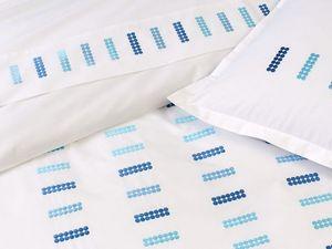 BLANC CERISE - drap plat - percale (80 fils/cm²) - brodé - Drap De Lit