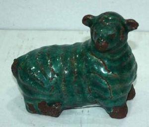 Demeure et Jardin - mouton vert en c�ramique - Ornement De Jardin
