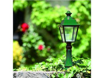 Roger Pradier - lampe de jardin r�tro chenonceau n�7 - Borne D'ext�rieur