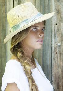 IVAHONA -  - Chapeau