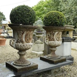 GARDEN ART PLUS -  - Vase Medicis