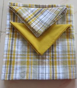 ITI  - Indian Textile Innovation - dobby stripe with solid - Nappe Et Serviettes Assorties