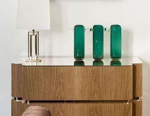 console consoles decofinder. Black Bedroom Furniture Sets. Home Design Ideas