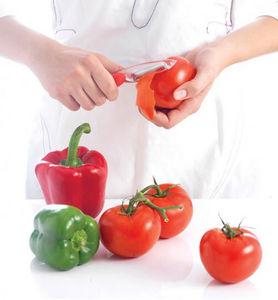 Epluche-tomate