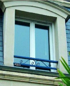 Brun et Doutte - a volutes - Appui De Fenêtre