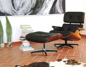 Classic Design Italia -  - Fauteuil Et Pouf