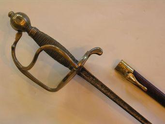 Aux Armes d'Antan - forte épée d?officier de cavalerie, modèle 1750 - Epée