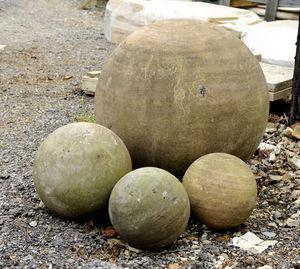 Wrights of Campden - balls - Ornement De Jardin