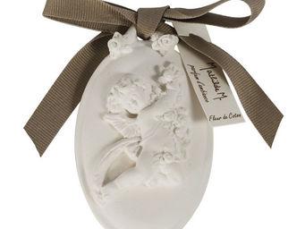 Mathilde M - médaillon angelot, parfum fleur de coton - Parfum D'intérieur
