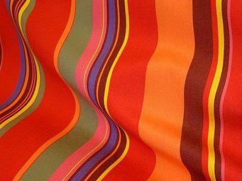 Le Quartier des Tissus - toile de bache rayee st tropez rouge - Tissu D'ext�rieur