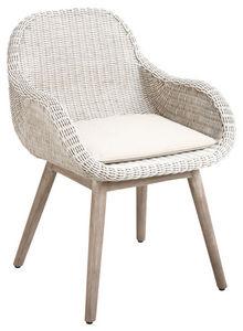 Aubry-Gaspard - fauteuil en rotin blanc et bois - Chaise