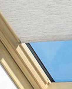 Pret A Vivre -  - Store Fenêtre De Toit (intérieur)