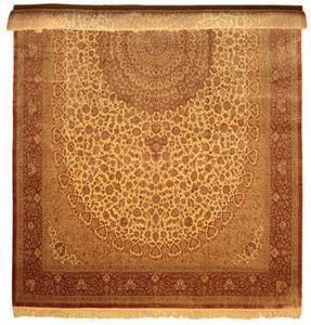 CARPETVISTA.COM - qum silk carpet 600x386 - Tapis Traditionnel