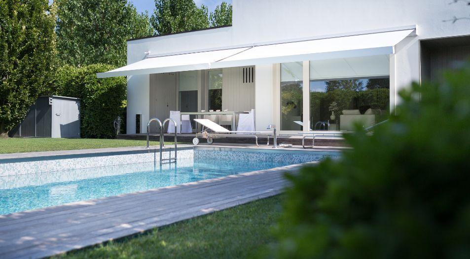 qubica plumb store banne blanc ke france decofinder. Black Bedroom Furniture Sets. Home Design Ideas