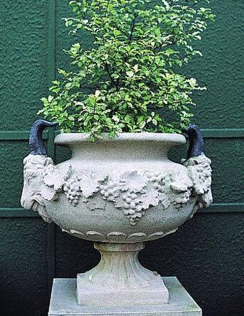 Chilstone - Vasque de jardin-Chilstone-Goat's head Urn