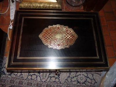 Art & Antiques - Coffret à cachemire-Art & Antiques-Coffret à cachemire estampillé Tahan