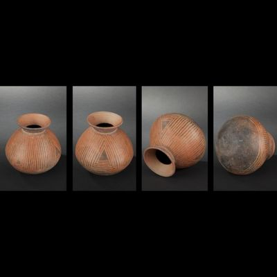 Expertissim - Objet d'art précolombien-Expertissim-Vase à décor négatif noir linéaire