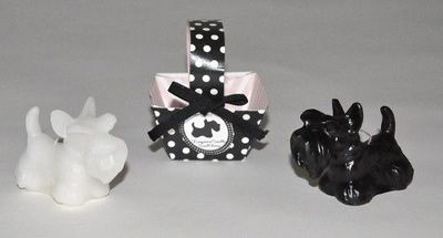 Demeure et Jardin - Bougie décorative-Demeure et Jardin-Deux Petites Bougies Chiens Scottish Noir et Blanc