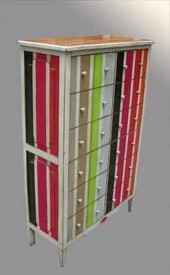 Lawrens - Meuble à tiroirs-Lawrens-Chiffonnier à portes rayures