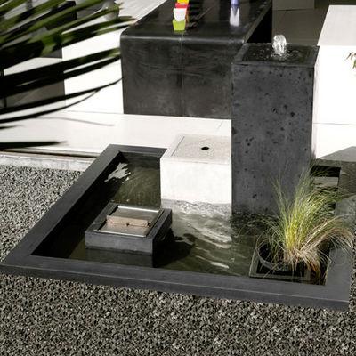 Beton Concept - Fontaine centrale d'extérieur-Beton Concept