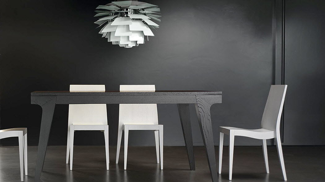 LIVONI SEDIE Dining room Dining tables Tables and Misc.  |
