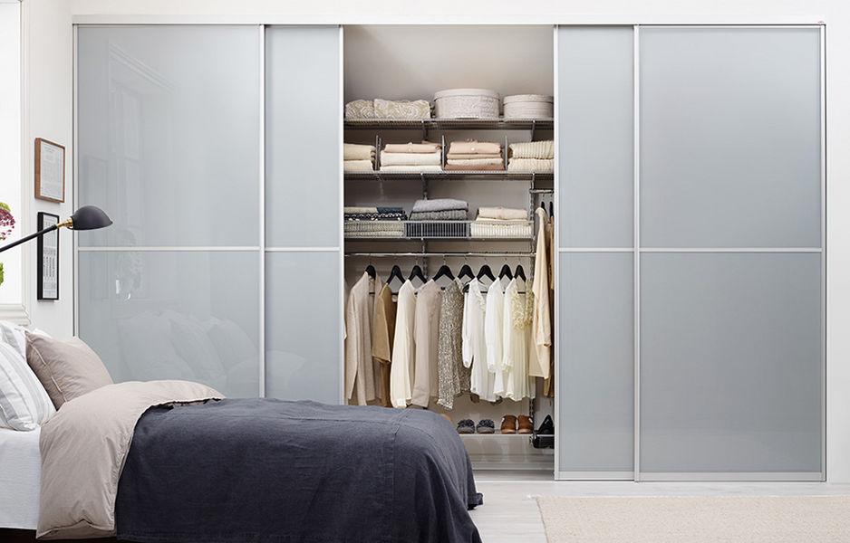 Elfa Straight Walk-in Closet Dressing rooms Wardrobe and Accessories  |