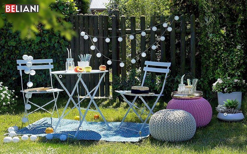 BELIANI Round garden table Garden tables Garden Furniture  |