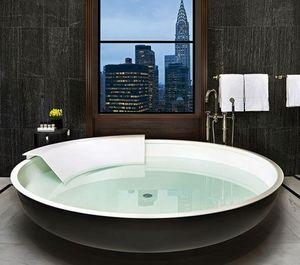 Agape -  - Freestanding Bathtub