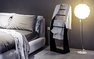 3s Design Clothes hanger