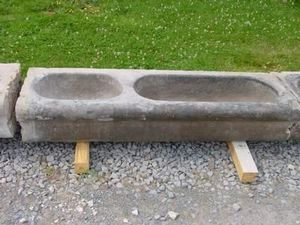 Antiek Bouw Well curbstone